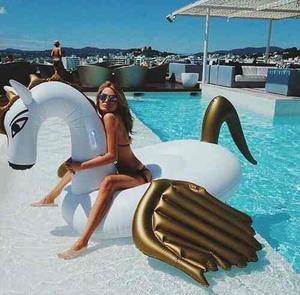 Pegaso Unicornio Inflable Gigante Dorado