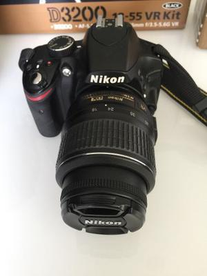 Cámara Nikon D Vr Kit Black + Nikkor Lens 35 Mm