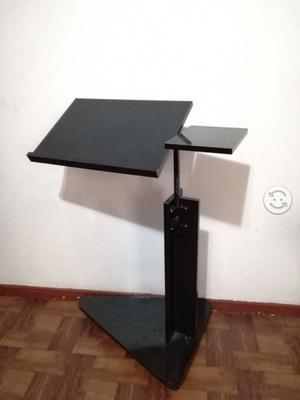 Mesa para laptop movil con ruedas altura posot class - Mesa escritorio con ruedas ...