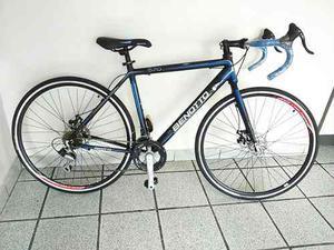 Bicicleta Ruta Freno De Disco Rod 700 De Aluminio Benotto