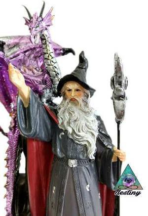 Figura En Resina Del Mago Merlin Con Dragon
