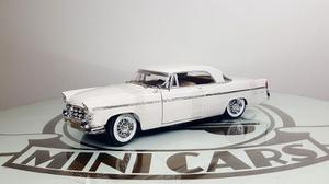 Chrysler 300b  Blanco 1/18 Maisto Autos A Escala Metal