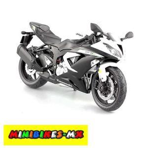 Moto De Colección Kawasaki Zx-6r Blanca Escala 1:12 Aoshima