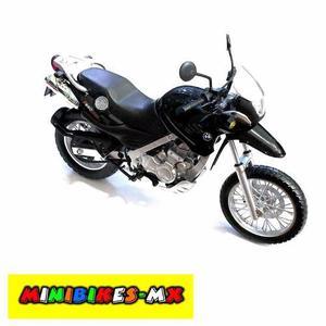 Moto De Colección Bmw Gs650 Negro Escala 1:12 Automaxx