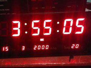Reloj De Pared Electrónico De Led Rojo