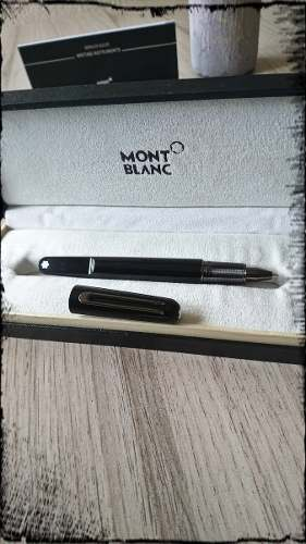 Pluma Montblanc M Ultra Black