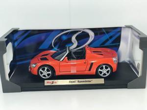 Maisto Opel Speedster 1/18