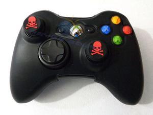 Funda De Silicon Control Xbox 360 Negra Con 2 Grips Calavera