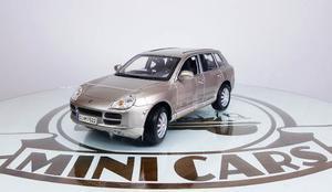Porsche Cayenne 1/18 Maisto Autos A Escala Metal