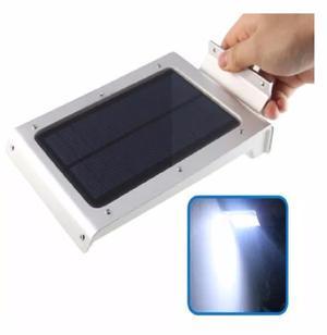 Lampara Solar 46 Leds Gold Prende Toda La Noche Aluminio