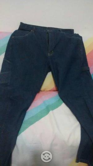 Pantalon tipo cholo mesclilla talla 34 usa