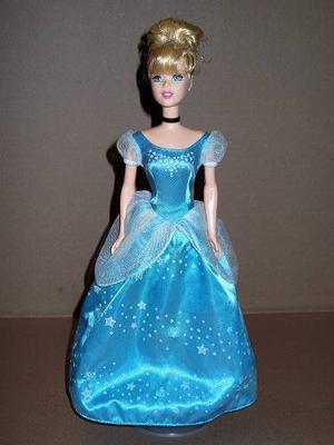 Barbie Cenicienta Con Luz Y Sonido Princesas Disney