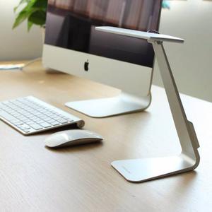 Lampara De Escritorio Led Estilo Apple Iphone Ipad