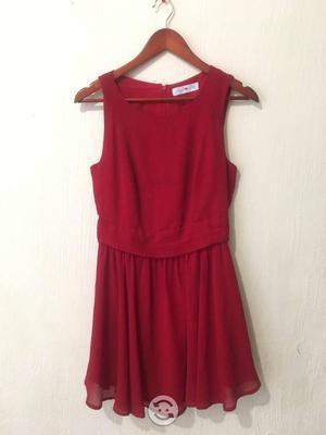 Vestido color rojo chico