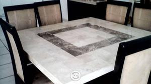Mesa comedor de Marmol con sus 8 sillas