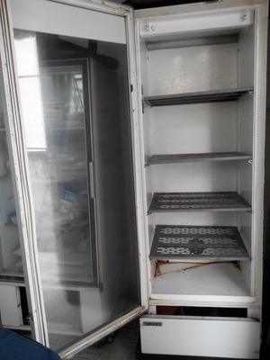 Refrigerador comercial y Barra para Bar