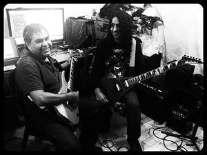 Instrucción y Clases de Guitarra - WIDE TUNE
