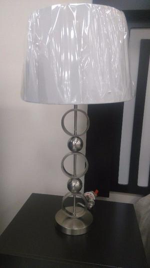 LAMPARA de Mesa o Buró COSMIC modelo