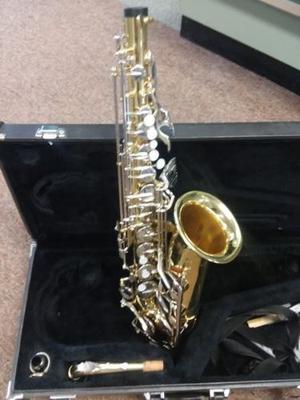 Saxofón Yamaha YAS 23 alto saxo jap