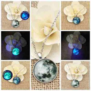 Collar Luna Llena Azul Brilla Oscuridad Envió Gratis Gris