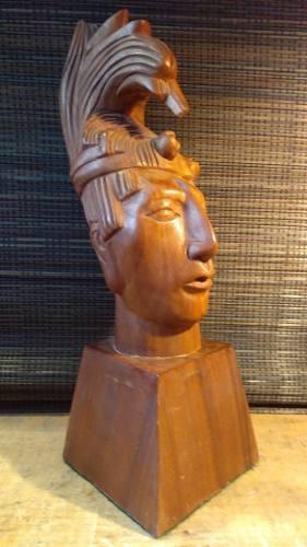 Escultura De Maya Pakal Tallada En Madera Preciosa