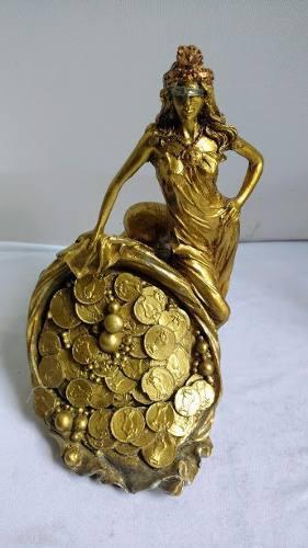 Escultura Diosa De La Fortuna De 20 Cm Con Alajero Oculto
