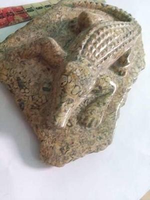 Escultura En Forma De Cocodrilo De Piedra Natural