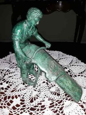 Escultura Tallador Curtidor De Pieles Bronce