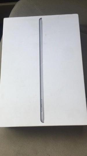 Ipad Air NUEVAS (blanca y negra) 32G. 5ta Gen