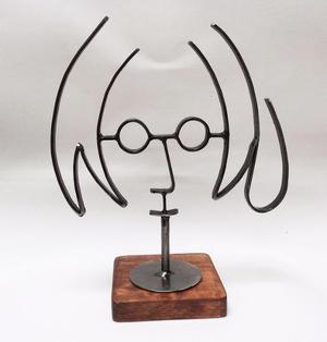 John Lennon Chico / Figura De Metal / Fierro / Base Oscura