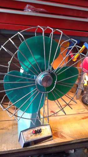Antigüedades Ventilador Antiguo Mogum De Metal Y Plástico