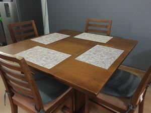 Comedor 100% madera 4 sillas