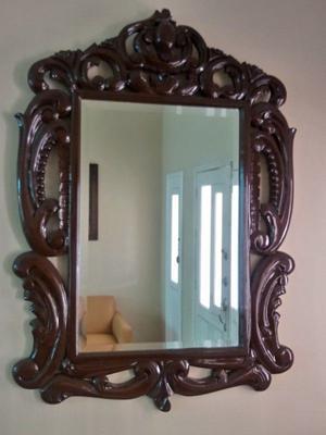 Consola y espejo grande, madera caoba.
