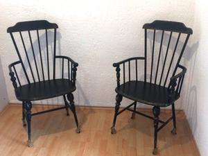 Par de sillas de hierro forjado