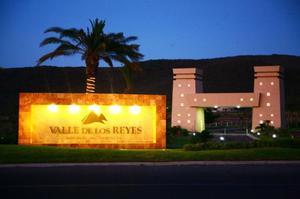 Terreno en venta en VALLE DE REYES 1,640 m2