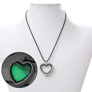 Collar Corazón Luminoso Brilla Obscuridad + Precio Mayoreo