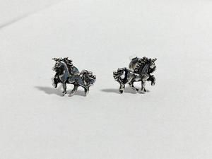 Aretes De Unicornio De Plata Ley 9.25 Joyería De Moda