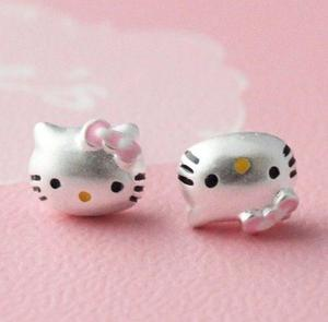 Exquisitos Aretes Hello Kitty De Plata Ley 925 Envio Gratis