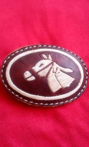 Hebilla Piteada con Cabeza de Caballo 10x7 cms