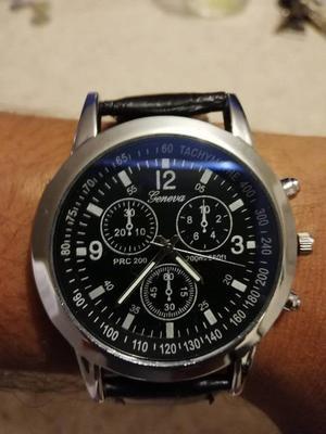 Reloj de Cuarzo Correa Negra Estilo Casual