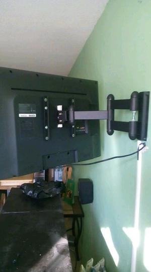 Instalación y venta de soportes para pantallas