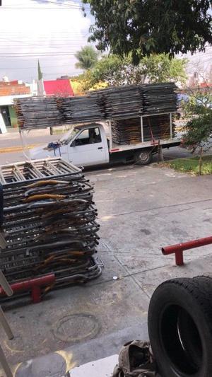 Vallas y gradas en Guadalajara