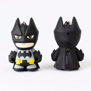 Llavero De Batman Figura Con Luz En Los Ojos Y Sonido
