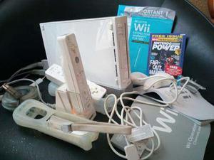 Consola Nintendo Wii En Caja Con Dos Controles Y Juegos