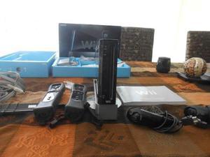 Consola Wii Negra, Dos Controles, 12 Juegos