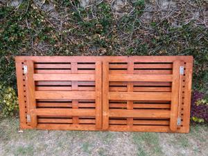 Mesa plegable de madera para 8 personas