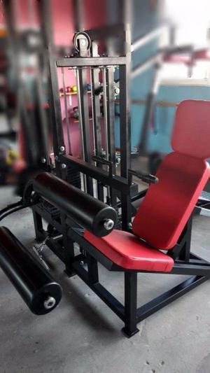 Aparato Femoral Sentado Cracken Gym Gimnasio
