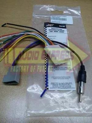 Arnes Y Adaptador De Antena Para Nissan Versa/tida Dxr030587