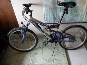 Bicicleta Mongoose aluminio rodada 26, vendo o cambio por