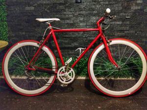 Hermosa bicicleta Clásica